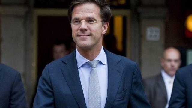 Der künftige Ministerpräsident Mark Rutte wurde von Königin Beatrix mit der Regierungsbildung beauftragt (Archiv)