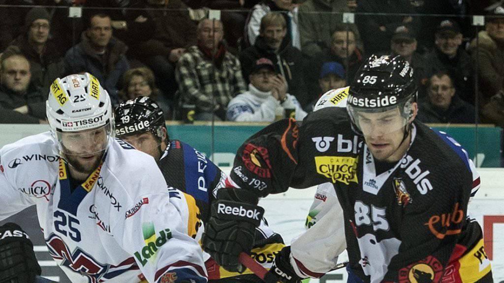 Rostislav Olesz trug im November 2013 gegen Biel noch das Trikot des SC Bern