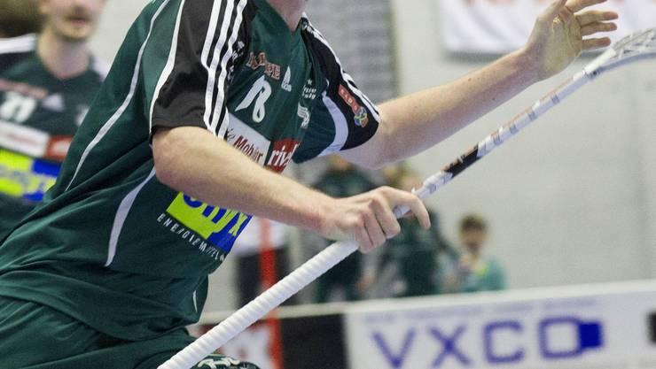 Adrian Zimmermann brachte mit den Toren zum 4:6 und 5:7 vorübergehend wieder Hoffnung in die Mannschaft von Wiler-Ersigen. bieri/archiv