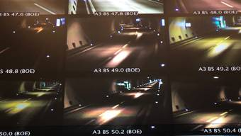 Im Kanton Aargau sind am Freitagmorgen mehrere Autobahntunnels gesperrt.