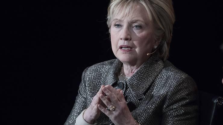 Hillary Clinton tritt nach ihrer Wahlschlappe gegen Donald Trump wieder in Erscheinung und gründet eine neue Organisation. (Archivbild)
