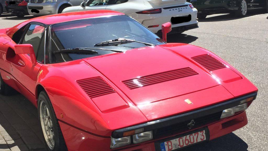 Der Ferrari 288 GTO aus dem Jahr 1985 soll einen Wert von über 2 Millionen Euro haben.
