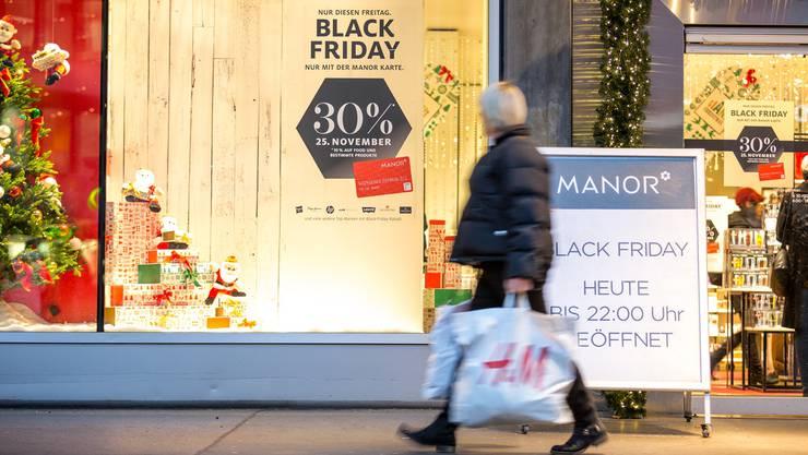Manor war in der Schweiz «Black Friday»-Pionier. Im Bild die Filiale in Baden.