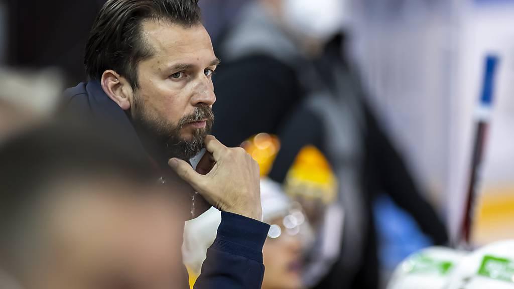 Trainer Lars Leuenberger muss mit Olten die zweite Niederlage hinnehmen - auch diesmal in Kloten