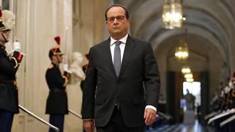 Die Politik von Präsident François Hollande dient allein seinen eigenen Interessen