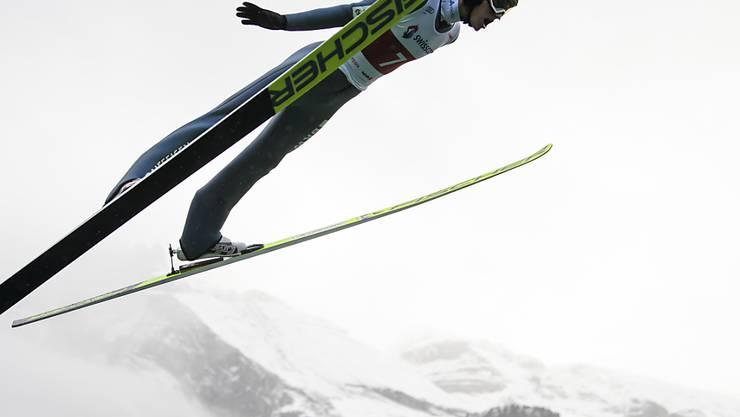 Fliegt zum Saisonstart schon ganz schön hoch hinaus: Gregor Deschwanden