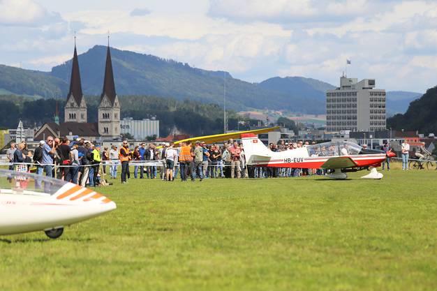 Der Preis von 50 Franken entsprach den Kosten eines Motorflugs beim ersten Oltner Flugtag am 27. Juli 1919.