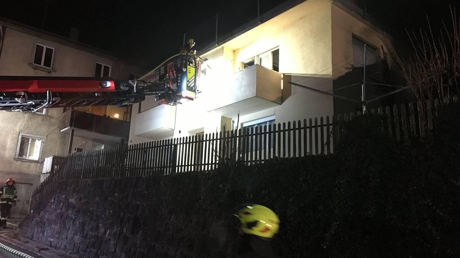 In der Lürlibadstrasse in Chur brannte ein Wohnung.