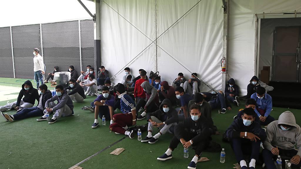 Migration an US-Südgrenze: Zahl unbegleiteter Kinder steigt rasant