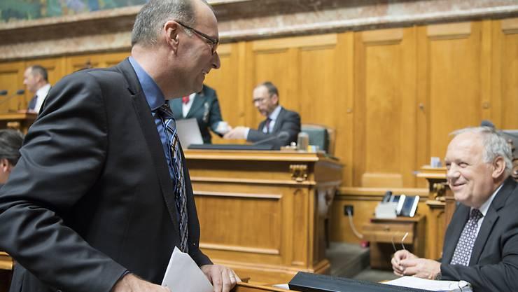 Bauernverbands-Präsident Markus Ritter (CVP/SG) und Landwirtschaftsminister Johann Schneider-Ammann sprechen jetzt auch ausserhalb des Ratssaals wieder zusammen. (Archivbild)