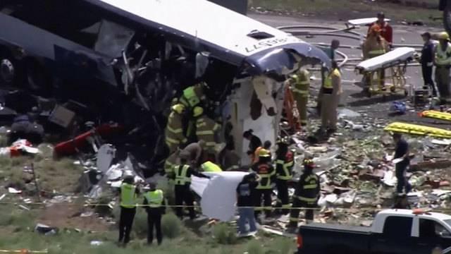 Mindestens sieben Tote bei Busunglück in New Mexico