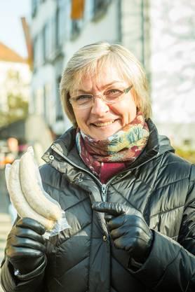 «Dieses Jahr kaufe ich keine frischen Rüebli, weil ich gar keine Zeit zum Kochen habe. Aber die Rüebli-Bratwurst ist super. Heute sind sogar meine Eltern aus Polen dabei. Ihnen gefällt der Märt sehr.»