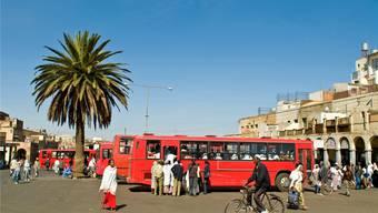 Die Flüchtlinge aus Eritrea (Bild) veranlassen Parlamentarierinnen und Parlamentarier immer wieder zu Forderungen. Der Bundesrat weist jeweils auf Menschenrechtsverletzungen in dem Land hin.