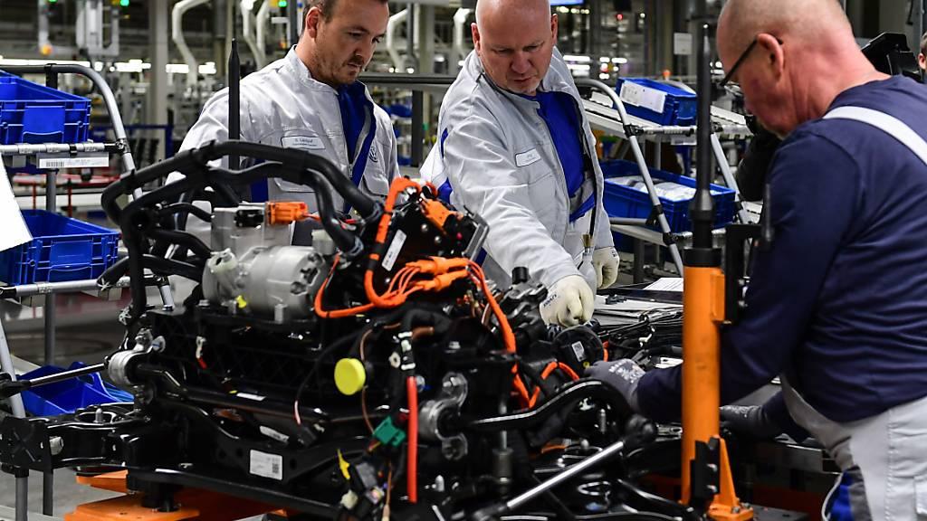 Trotz der Beinahe-Rezession ist die Zahl der Erwerbstätigen in Deutschland so hoch wie noch nie. (Archiv)