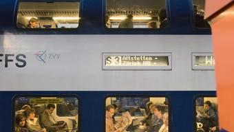 Die S3 verkehrt neu zu Stosszeiten im Halbstundentakt in Richtung Zürich. (Archiv)