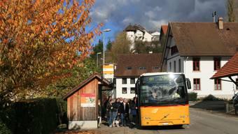 In Elfingen soll es einen neuen Wendeplatz für Postautos geben