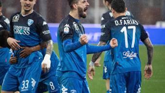 Empolis Doppeltorschütze Francesco Caputo nach seinem Tor zum 2:2 gegen Chievo