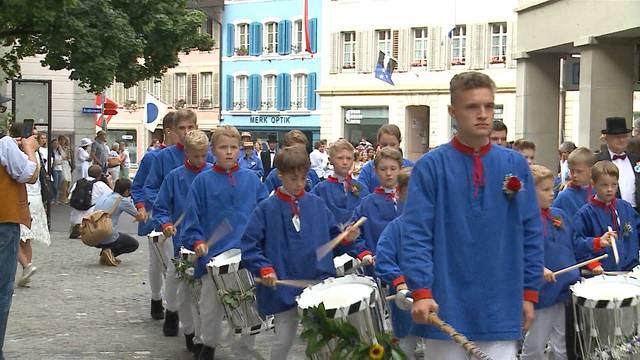 Lenzburger Schüler zogen durch Stadt