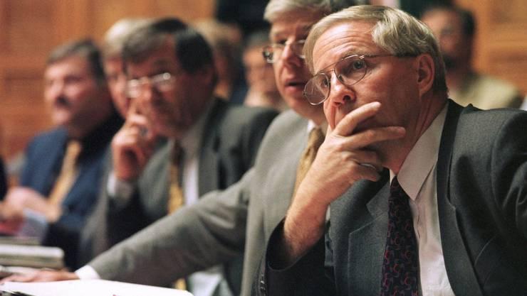 Christoph Blocher 1999 im Nationalrat, nur drei Monate vor seiner Nichtwahl. Kehrt er jetzt zurück?