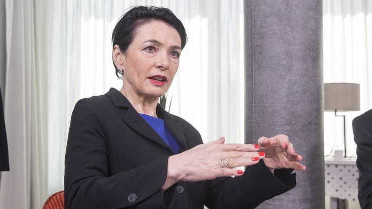 CVP-Präsidentin Marianne Binder fordert eine Lockerung der Massnahmen des Bundes gegen Corona und will den Kanton in die Pflicht nehmen.
