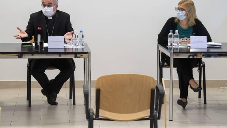 Bischof Valerio Lazzeri informierte am Sonntag die Medien über den Fall.