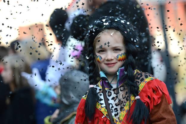 Eine «Squaw» aus Arisdorf. Amelie ist sechs Jahre alt und mag Indianer über alles.