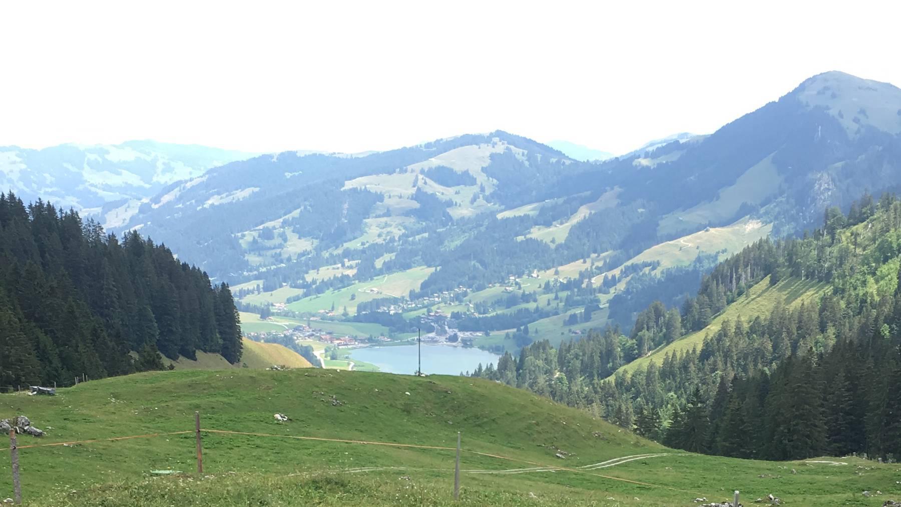 Schwarzsee_Freiburg_Berge_rb1