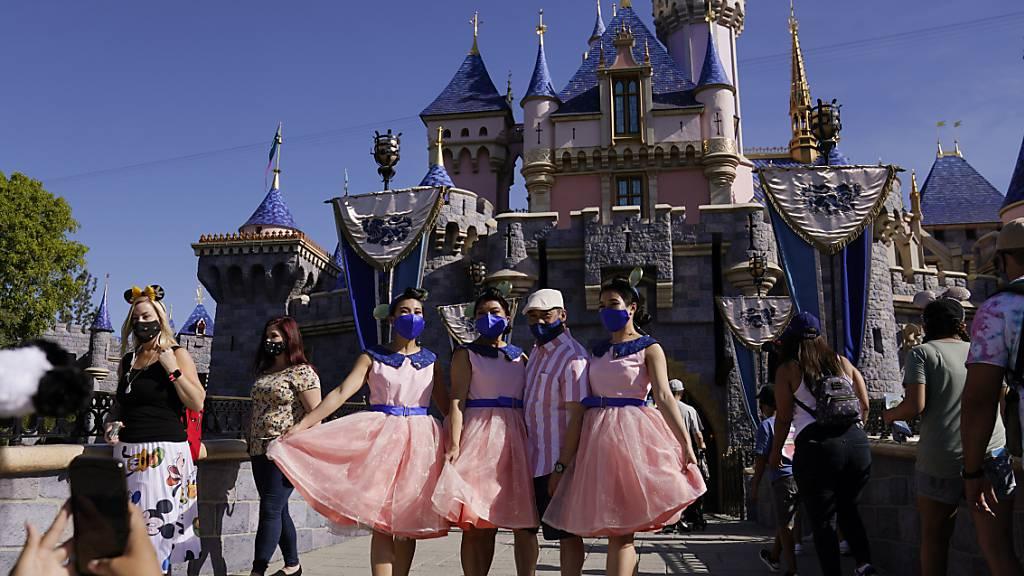 Disneyland in Kalifornien nach langer Corona-Pause wieder geöffnet