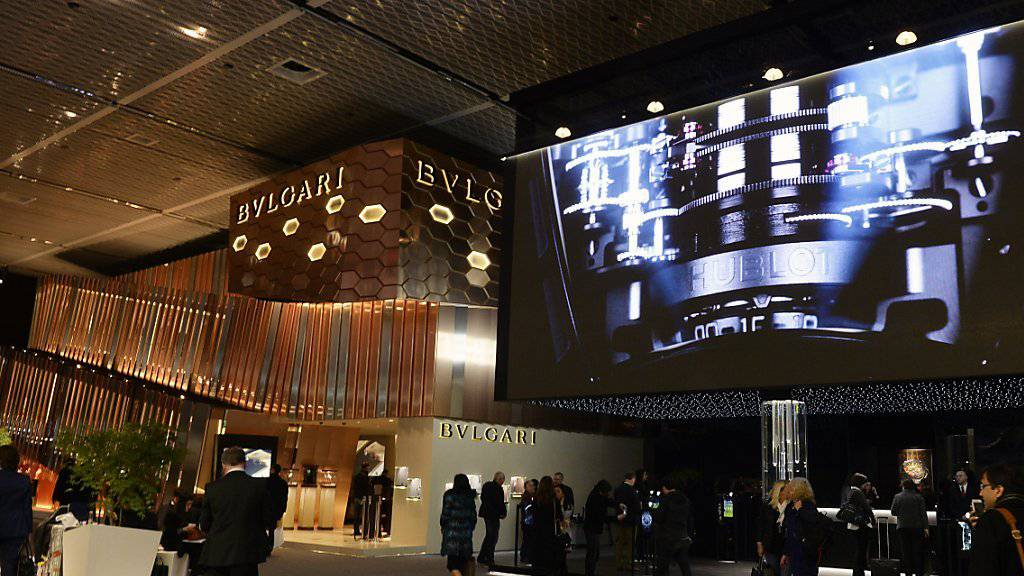 An der Baselworld 2016 haben sich 145'000 Vertreter der Uhren- und Schmuckbranche ein Stelldichein gegeben. 4400 Journalisten haben die Messe in aller Welt zum Thema gemacht.