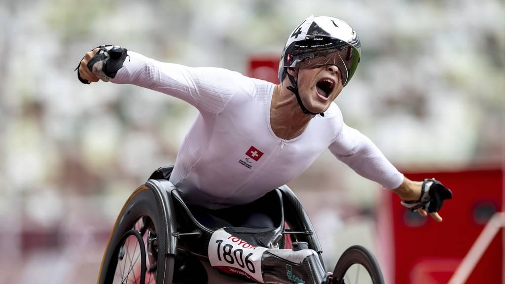 Marcel Hug holt Gold über 800 Meter