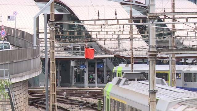 Velo legt Zugverkehr lahm