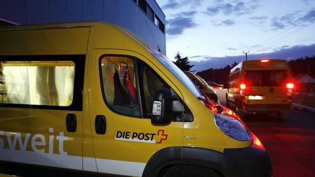 Ab Mai sollen Pakete von Onlinehändlern auch zwischen 17 und 20 Uhr ausgeliefert werden (Symbolbild)