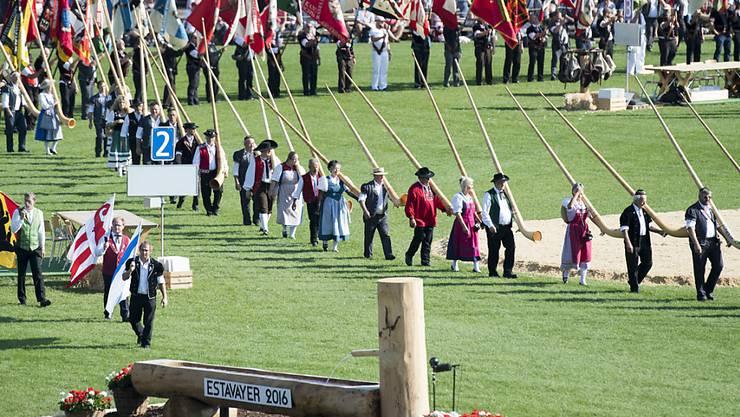 Der Festakt beim Eidgenössischen Schwing- und Älplerfest in Estavayer stand im Zeichen der Freiburger Traditionen.