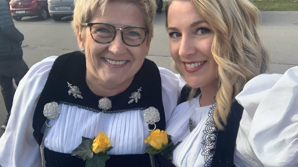 Regierungsrätin Beatrice Simon wünscht sich eine Schwarzwälder Kirschtorte zum Valentinstag