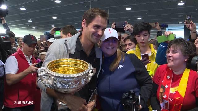 500 Fans empfangen Roger Federer