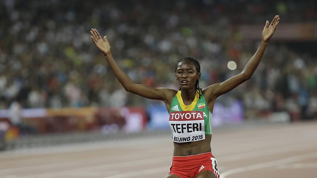 Senbere Teferi unterbot den Weltrekord über 5000m deutlich.