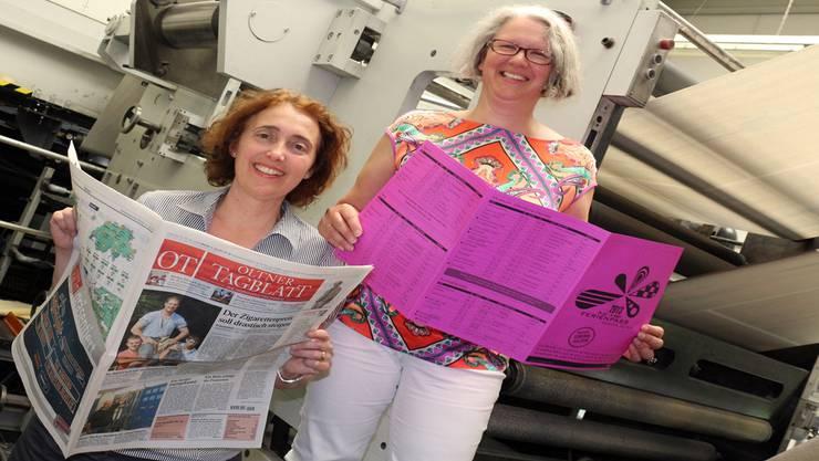 Stella Lehmann (links) und Cornelia Kaeser-Günther ermöglichen 670 Schülern den Ferienpass – heuer steht auch eine Betriebsbesichtigung des Oltner Tagblatts im Angebot. hr. aeschbacher