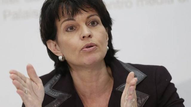 Bundesrätin Doris Leuthard vor den Medien in Bern