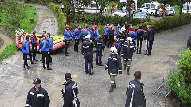 240 Rettungskräfte im Einsatz