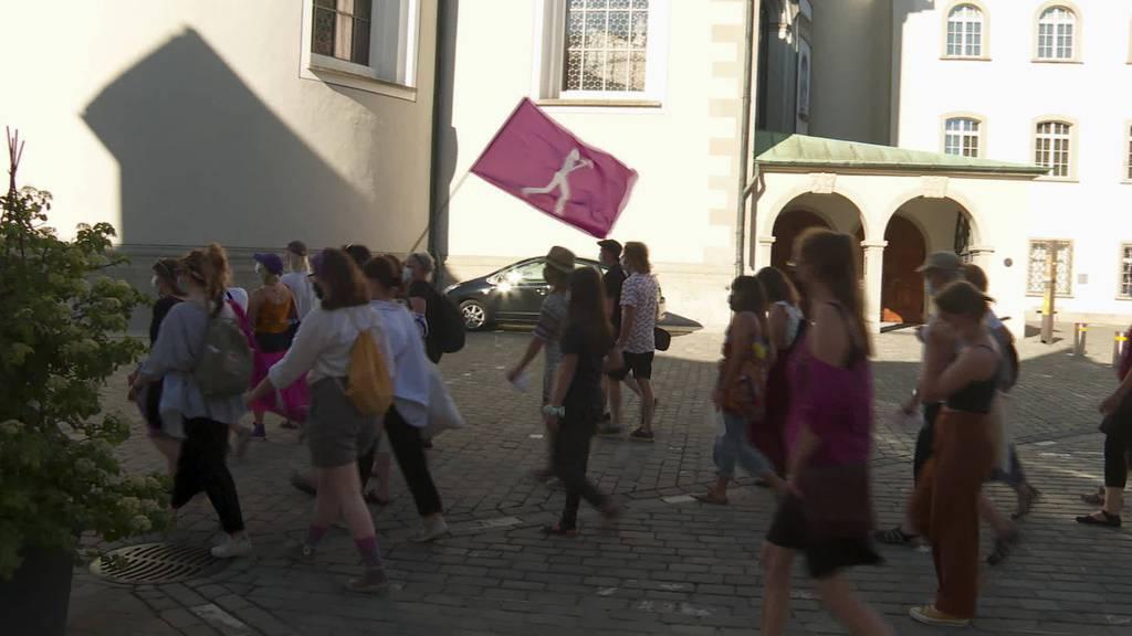 Frauenstreiktag 2021: St.Gallerinnen fordern Gleichstellung