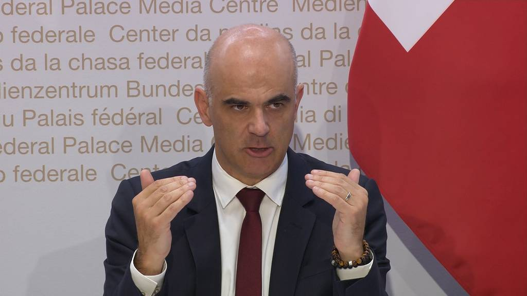Berset: «Eskalationsmechanismus» wird mit Kantonen diskutiert