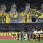 Die YB-Fans begrüssen ihre Mannschaft mit einem Banner