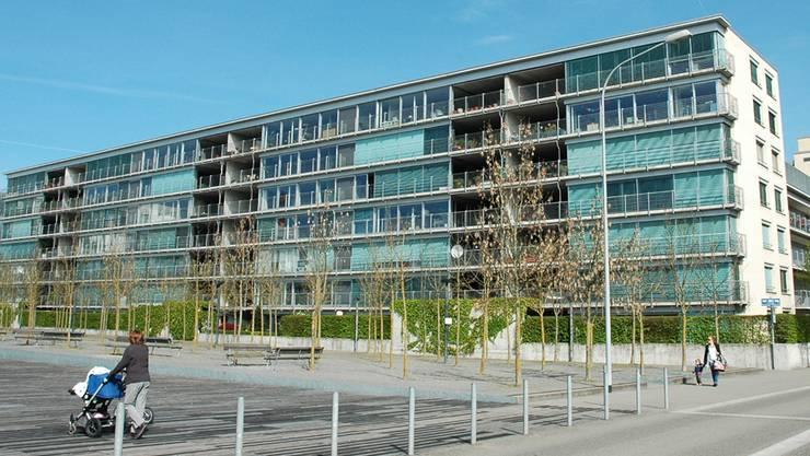 Im Jahr 2000 zogen in der Neubausiedlung «Züri50» die ersten Mieter ein. Es war der Anfang von Neu Oerlikon. Jetzt droht fast allen der Rausschmiss.