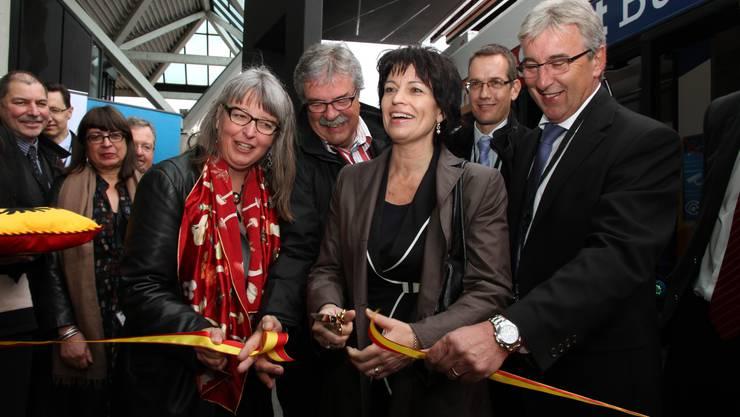 Verkehrsministerin Doris Leuthard höchstpersönlich läutete des Elektro-Zeitalter in Genf ein.