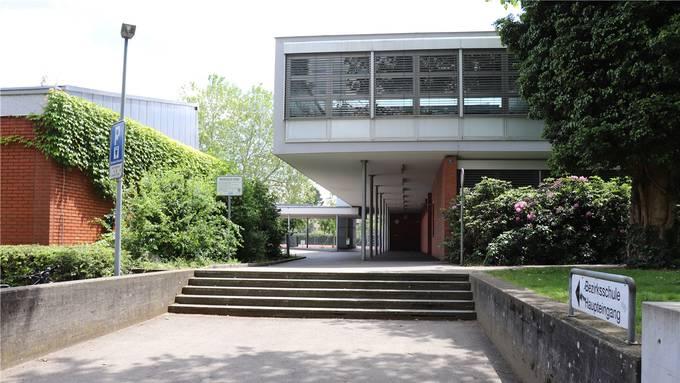 Bei der Bezirksschule Wettingen sind Mängel festgestellt worden. Im nächsten Jahr sollen diese behoben werden.