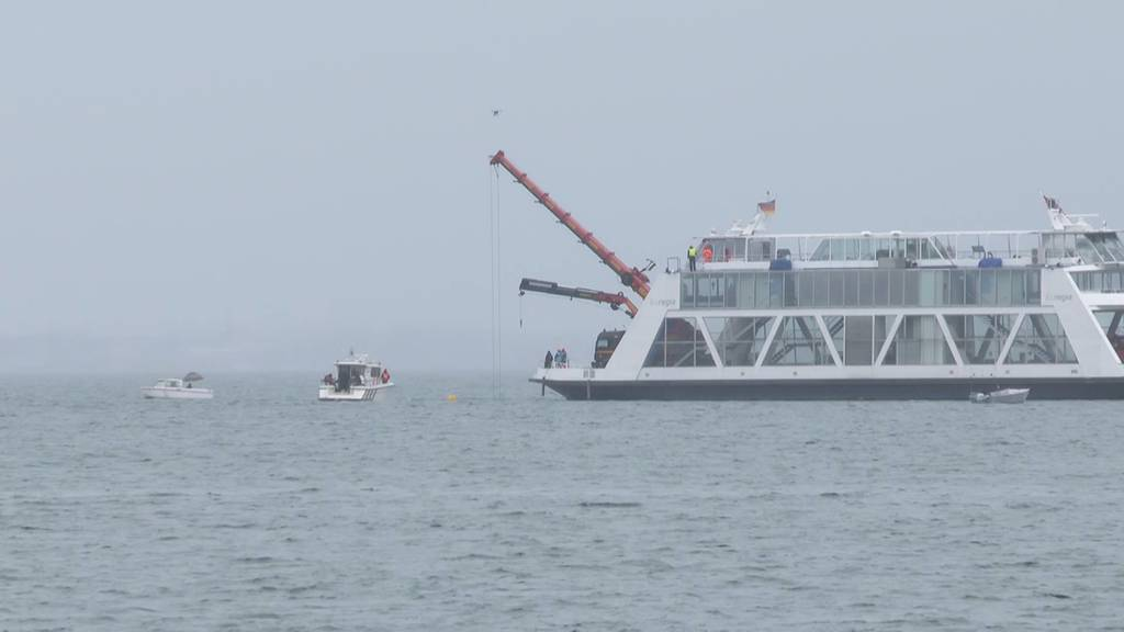 Live: Die Bergung des abgestürzten Flugzeugs aus dem Bodensee
