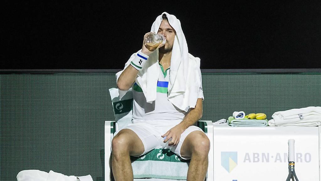 Noch ist unklar, wann Stan Wawrinka auf den Tennisplatz zurückkehrt.