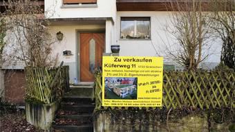 Am Küferweg weicht ein Einfamilienhaus zwei Wohnblöcken.