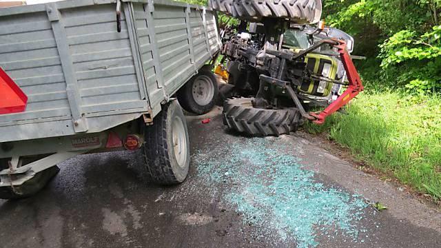 Der umgekippte Traktor