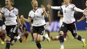 Melanie Behringer (Nr. 7) brachte Deutschland 1:0 in Führung, am Ende hiess es gegen Kanada 1:2